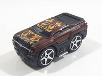 2005 Hot Wheels Heat Fleet II Chevy Avalanche (Blings) Brown Die Cast Toy Car Vehicle