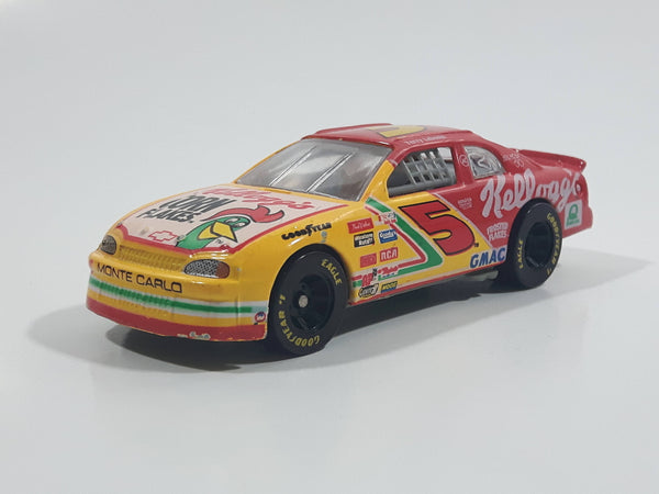 1997 Racing Champions 1996 Champion #5 Terry Labonte Kellogg's Chevrolet Monte Carlo Red Yellow Die Cast Toy Race Car Vehicle