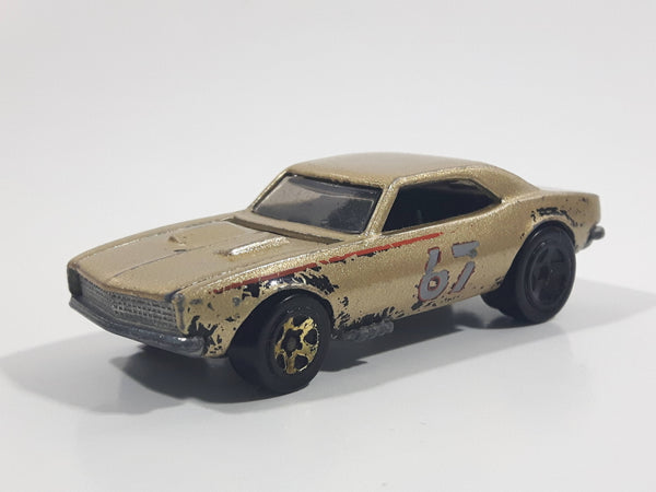 2008 Hot Wheels General Motors 1967 Camaro Metalflake Gold Die Cast Toy Car Vehicle w/ Opening Hood