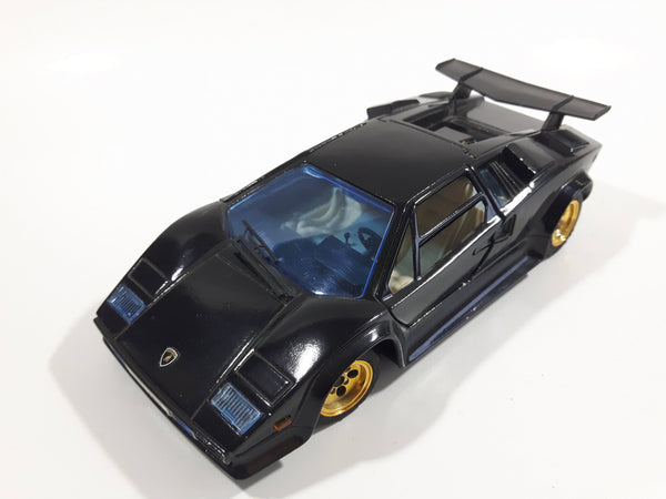 Majorette Lamborghini Countach 5000 Quattrovalvole 1:24 Scale Black Die Cast Toy Car Vehicle with Opening Scissor Doors and Hood