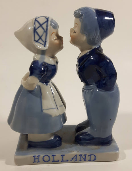 "Vintage E.H. Delft Blue Holland Dutch Boy and Girl Kissing Hand Painted Ceramic 5"" Tall Figurine 9198"