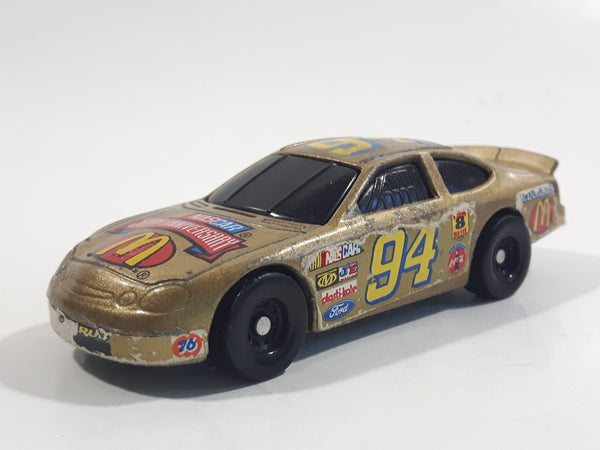 1998 Hot Wheels NASCAR 50th Anniversary #94 Bill Elliot 8/8 Gold Die Cast Toy Race Car Vehicle McDonald's Happy Meal