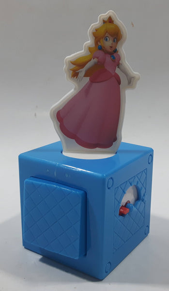2018 McDonald's Nintendo Super Mario Princess Peach Spinning Game Plastic Toy