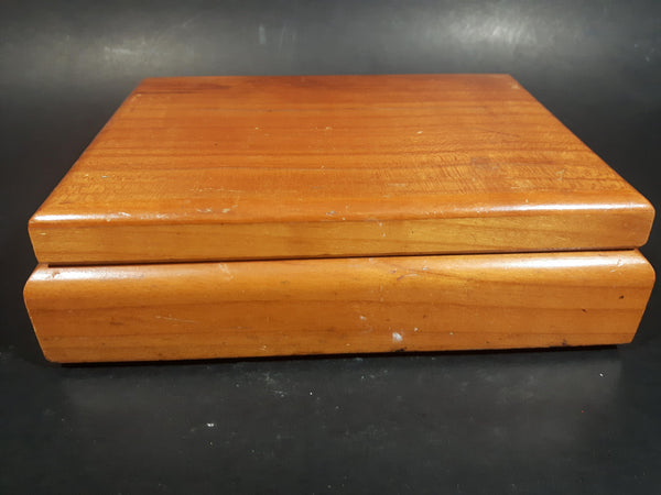Vintage Willem II Desir Wood Cigar Box - Treasure Valley Antiques & Collectibles