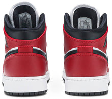 Air Jordan 1 Mid 'Chicago Black Toe' (GS) (Youth)