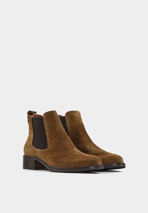 Alain 2 4236 Tan Suede Chelsea Boots