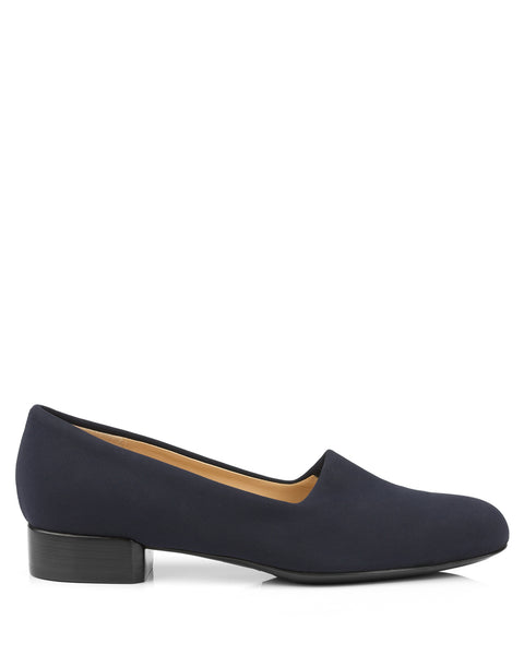 Tessuto Navy Stretch Pumps