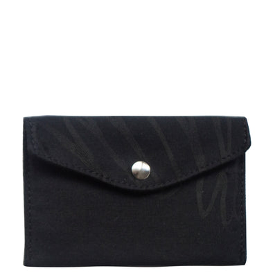 Gaspard, a cute envelope design for a versatile pouch.