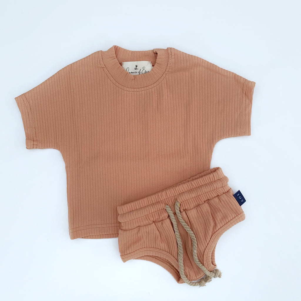 kids shorts and tee set