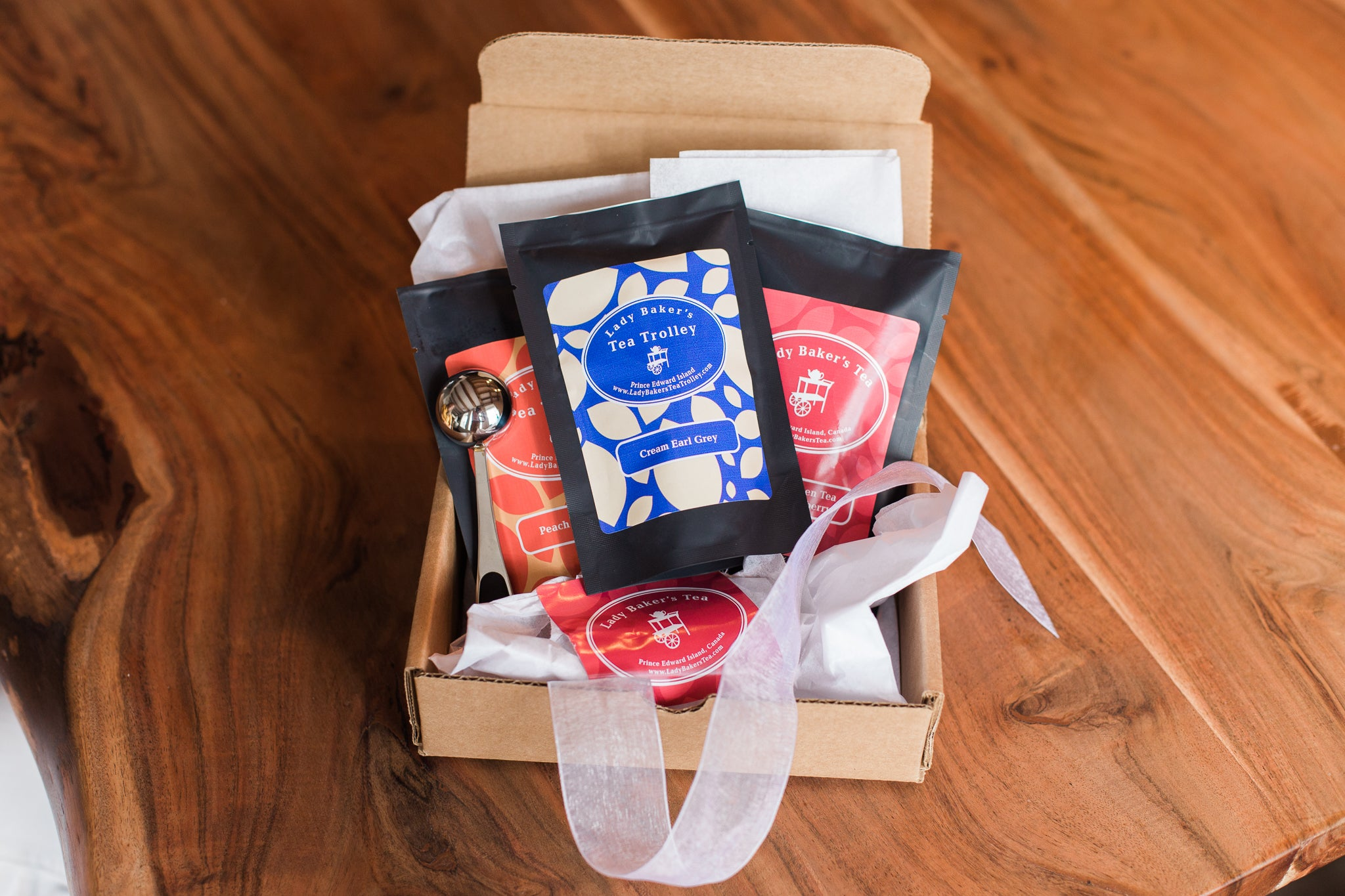 Deluxe Gift Box - Lady Baker's Tea