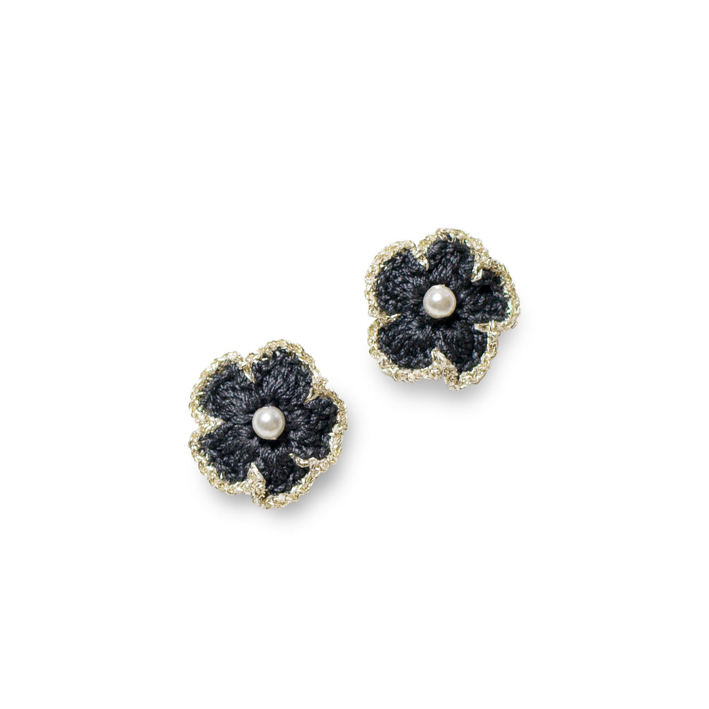 Blossom Golden Crochet Pierce Grey