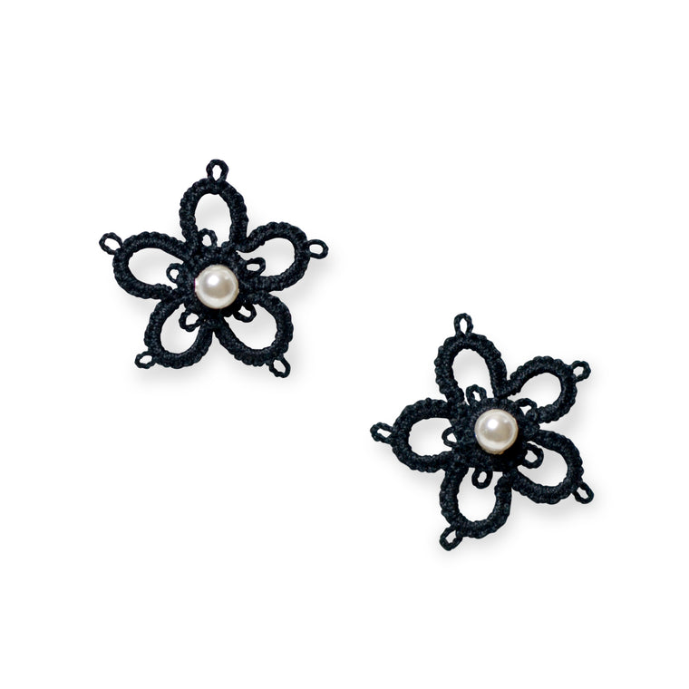 Magnolia Tatted Pierce Black