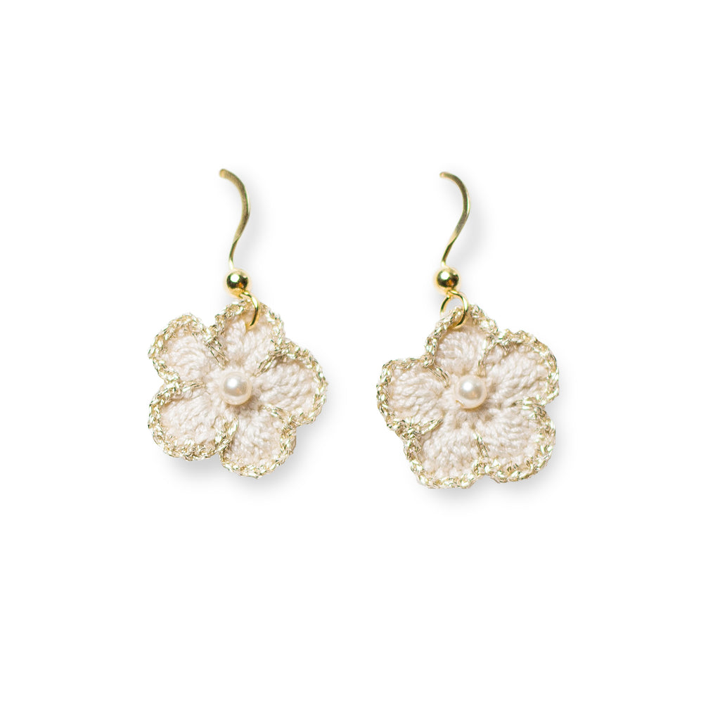 Blossom Golden Crochet Drop Pierce Light Grey