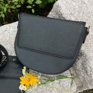 Black Leather Saddle Bag with Black Rectangular Flap
