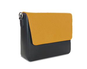 NemoRectangular-Body-Black-NemoRectangular-Flap-Yellow
