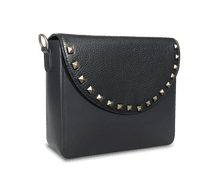 NemoRectangular-Body-Black-BandalHalf-moon-Flap-BlackStud