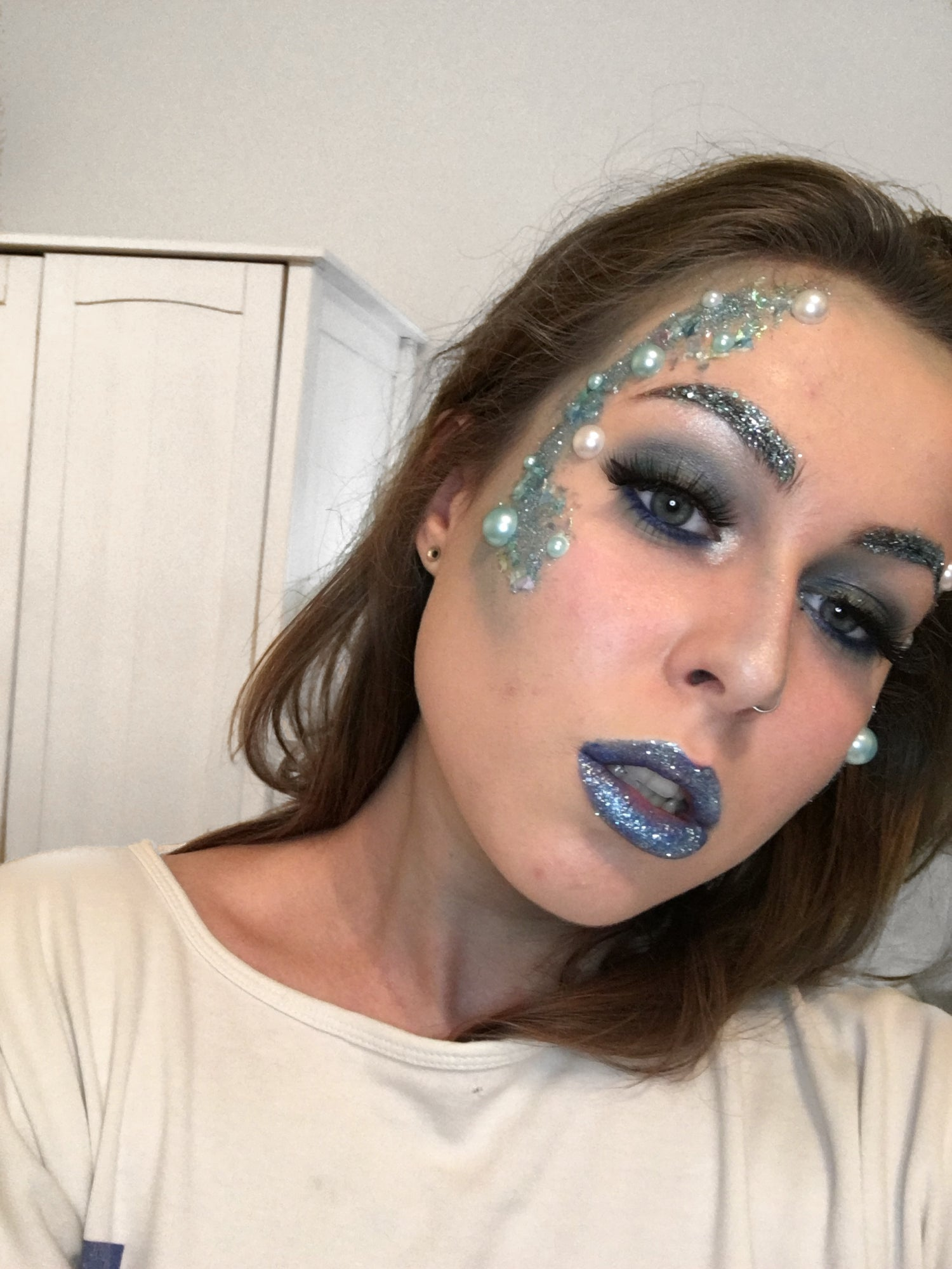 Guest Blogger Brooke Clarke - COLDY LOCKS MAKEUP TUTORIAL