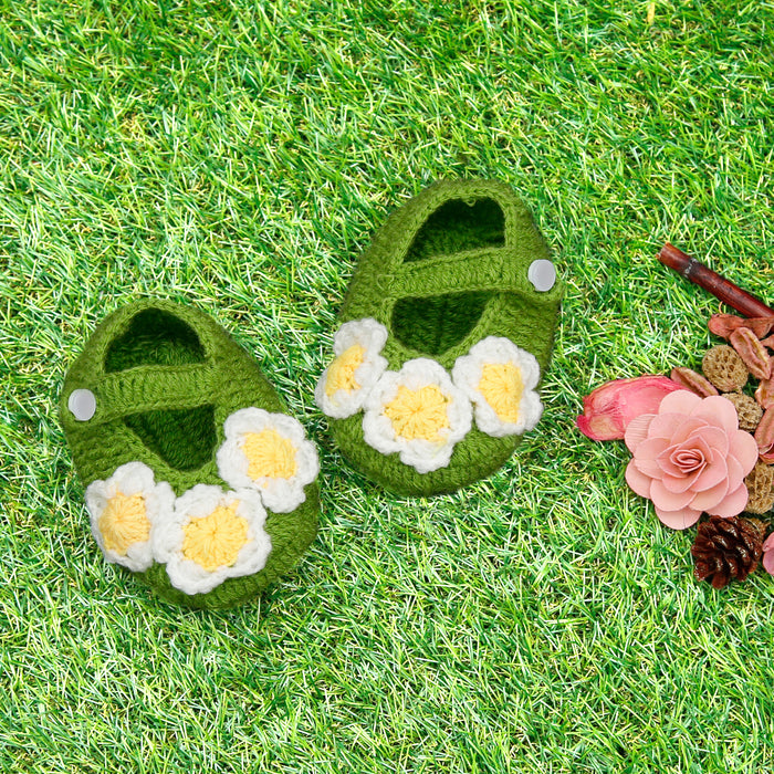 Pure Wool Green Flower Booties - Mistics