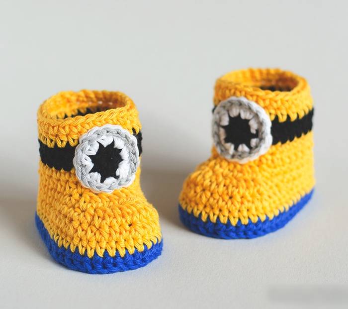 Minion Crochet   Woolen Infant Booties - Mistics