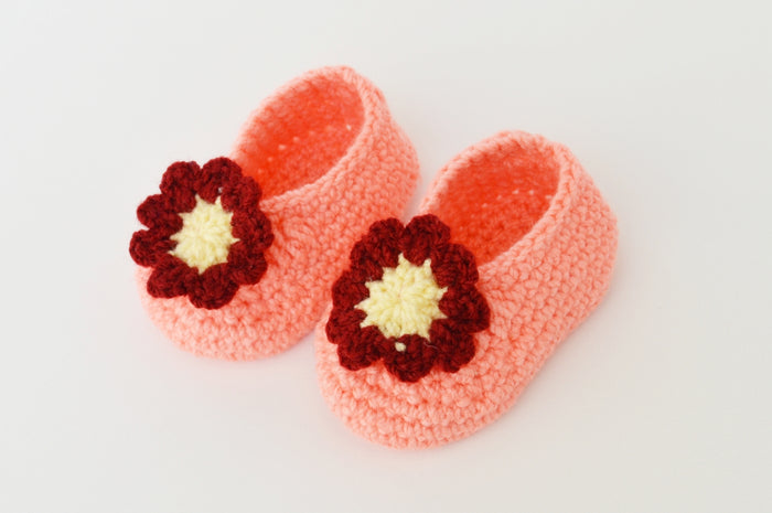 Crochet Baby Booties Peach with Flower Applique - Mistics