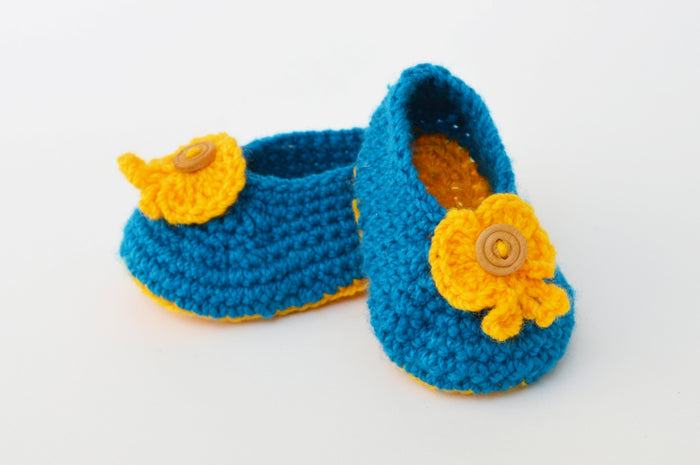 Crochet Baby Booties - Sky Blue with Yellow Flower - Mistics