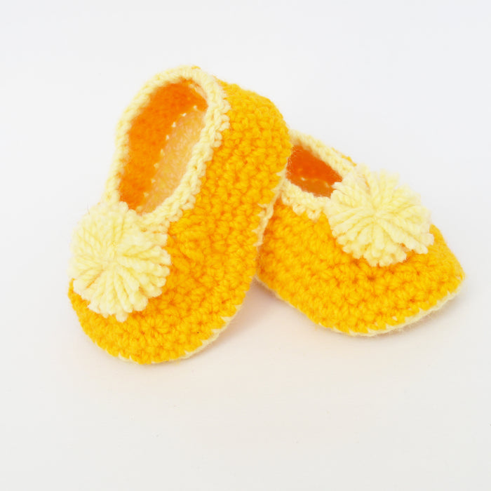 New Born infant Booties - Yellow & white - Mistics