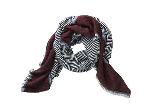 Des Chevron Black Burgandy Scarf