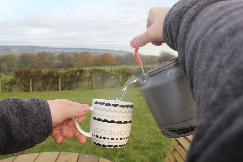 CAMPING WITH STYLE'S REVIEW ON THE GRIZZLY GUARDIAN CAMPING KETTLE