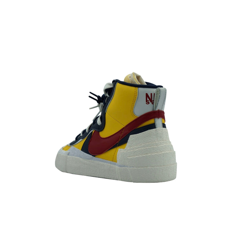 "NIKE BLAZER HIGH SACAI ""SNOW BEACH"""