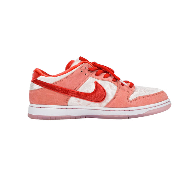 NIKE SB DUNK LOW STRANGELOVE SKATEBOARDS (REGULAR BOX)
