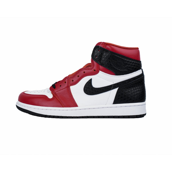 "AIR JORDAN 1 RETRO HIGH SATIN SNAKE CHICAGO ""W"""