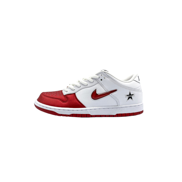 "NIKE SB DUNK LOW SUPREME ""JEWEL SWOOSH RED"""
