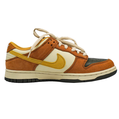 "2005 NIKE DUNK SB LOW ""VAPOUR MINERAL YELLOW"""