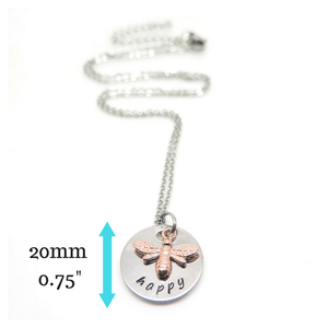 Bee necklace with measurements