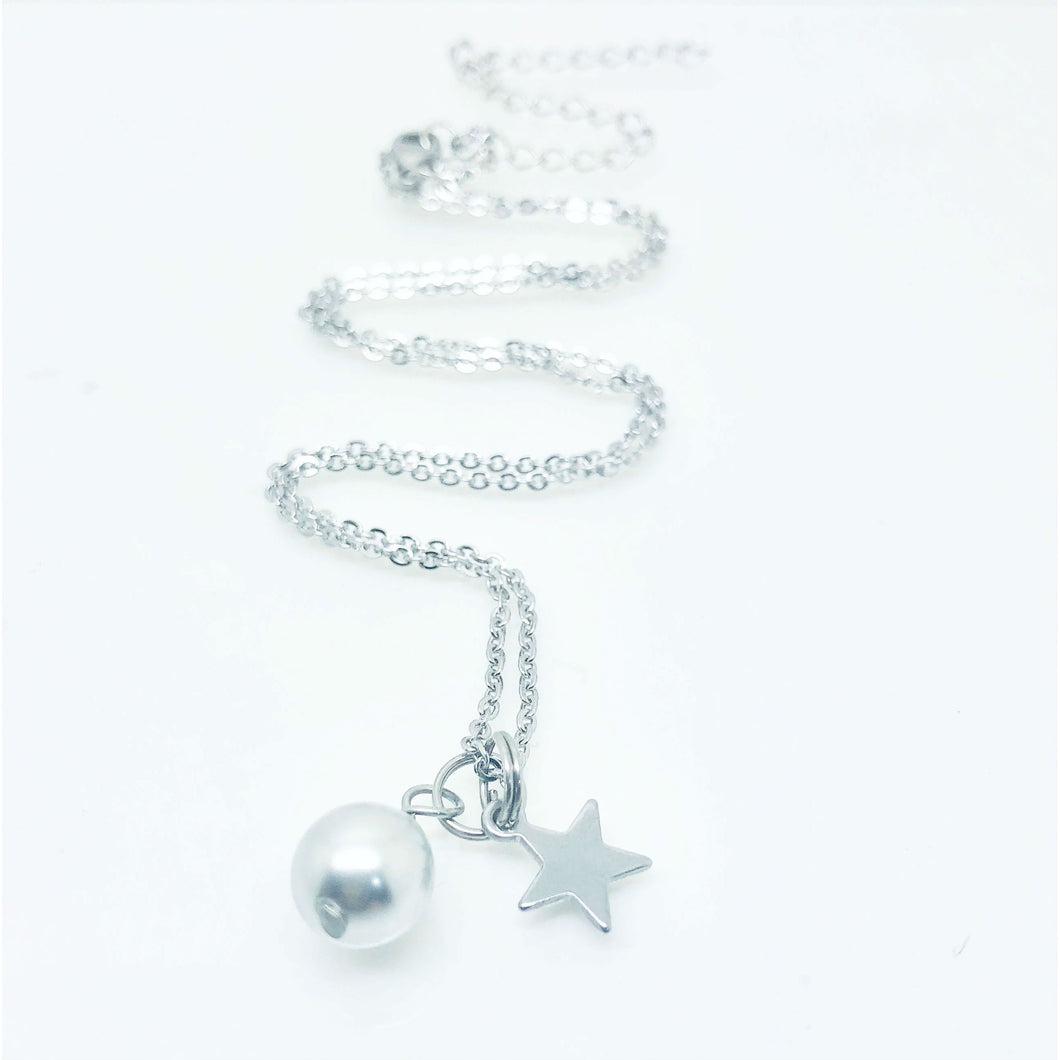 theta_jewellery_Pearl and Star Charm Necklace