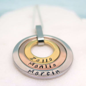theta_jewellery_Three Name Necklace