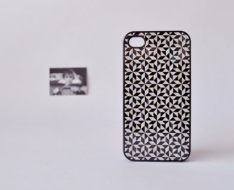 patronMaderaBN_iPhone4Case2