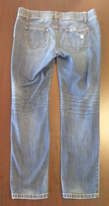 Size 8 Stretch Under Belly Distressed Skinny Jeans