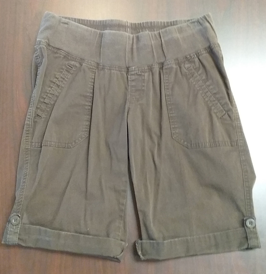 Medium Under Belly Panel Brown Bermuda Shorts