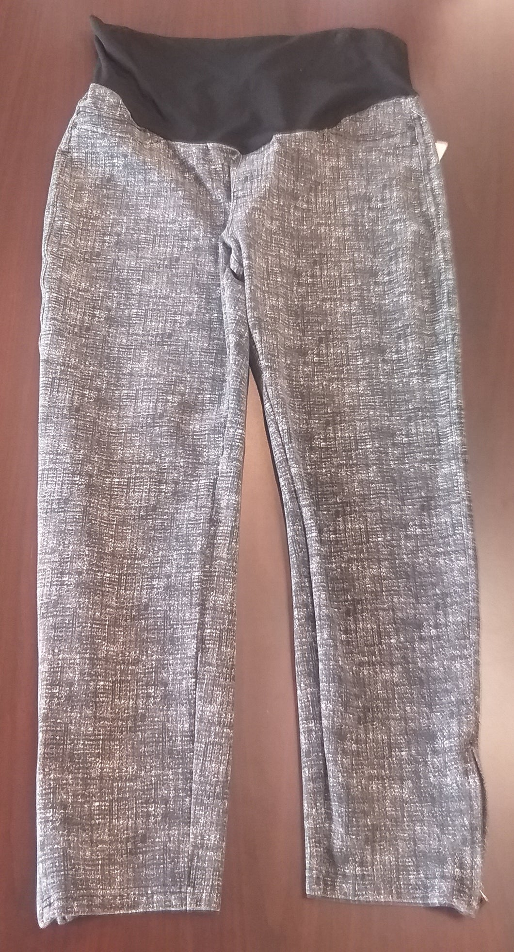 Large Full Panel Gray/Black Maternity Leggings