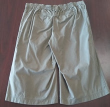 XL Stretch Band Green Capri Pants