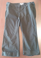 Size 12 Black Stretch Panel Capri Maternity Pants