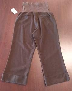 Medium Full Panel Brown Capri Maternity Slacks