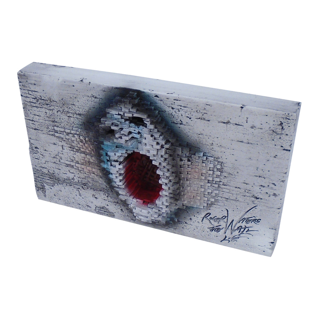 Pink Floyd Collectible: 2012 Roger Waters The Wall Live Statue (KnuckleBonz)