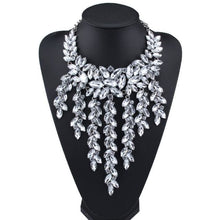 Load image into Gallery viewer, Necklace Drag Ivy (4 Variants) White Necklace
