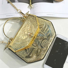 Load image into Gallery viewer, Purse Drag Tresor (3 Colors) Golden Purse