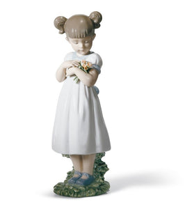 Lladro Flowers for Mommy Girl Figurine