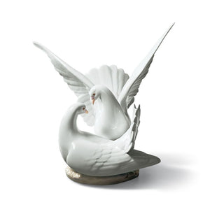 Lladro Love Nest Doves
