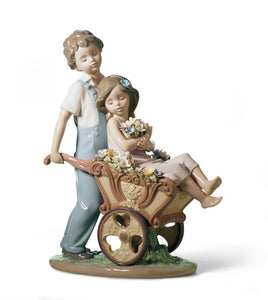 Lladro The Prettiest of All Couple