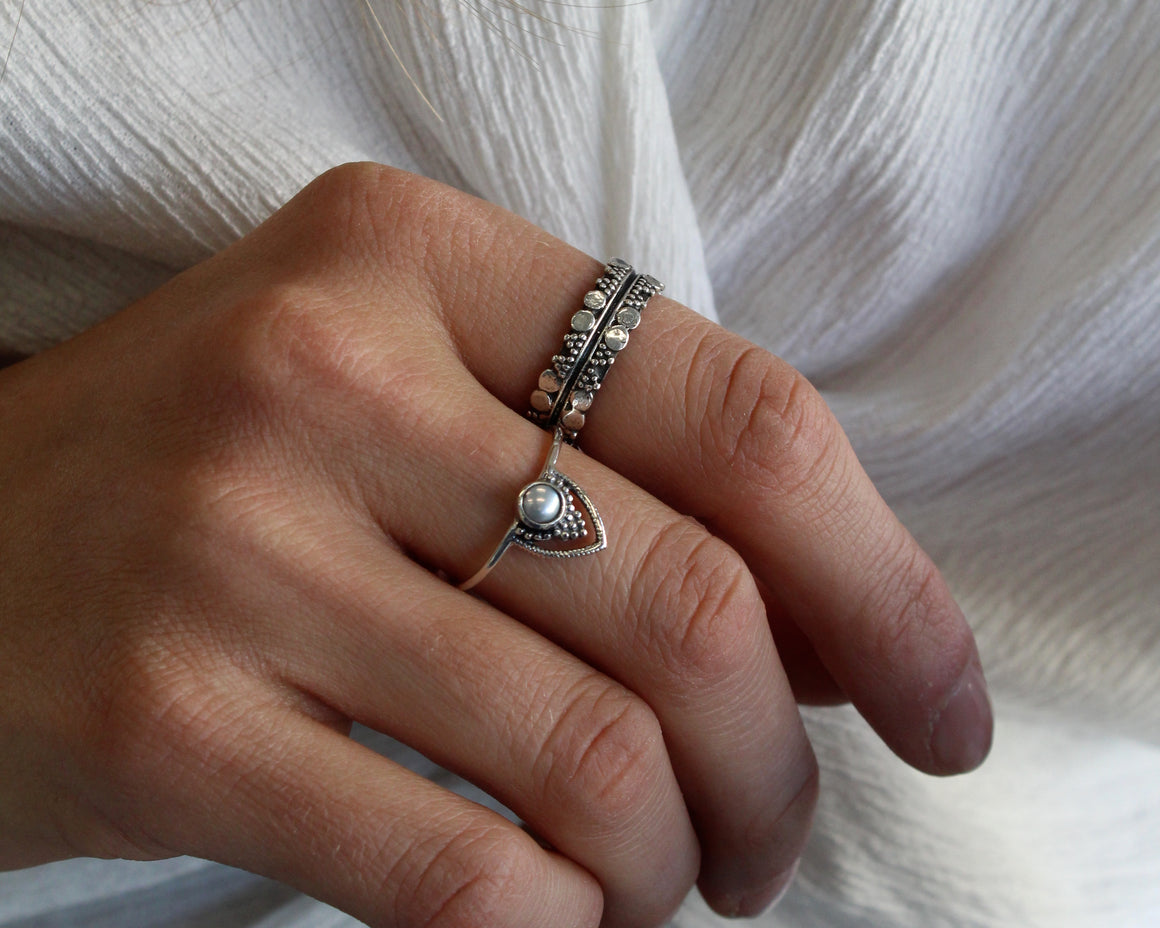 HINDI, bague argent sterling.